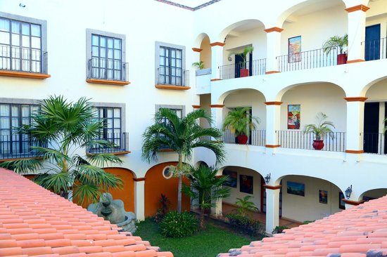Photo of Flamboyan Hutaulco Huatulco