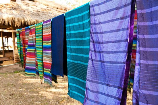 Silk scarf on the loom picture of weaves of cambodia for Guest house harbiye