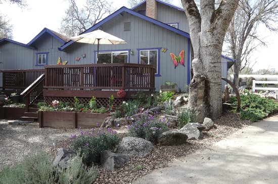 Photo of Little Valley Inn Mariposa
