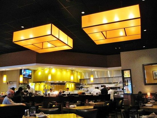 California Pizza Kitchen Philadelphia Menu Prices Restaurant Reviews Tripadvisor