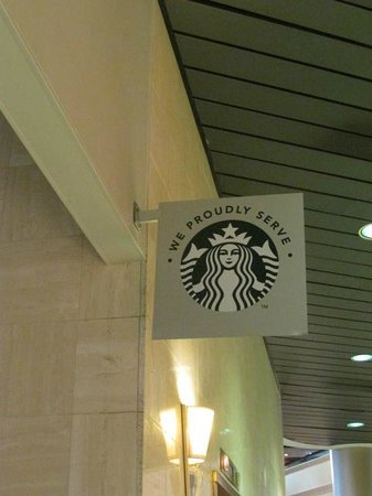 Chattanooga Marriott Downtown: Starbucks sold at Lookout Cafe inside the hotel