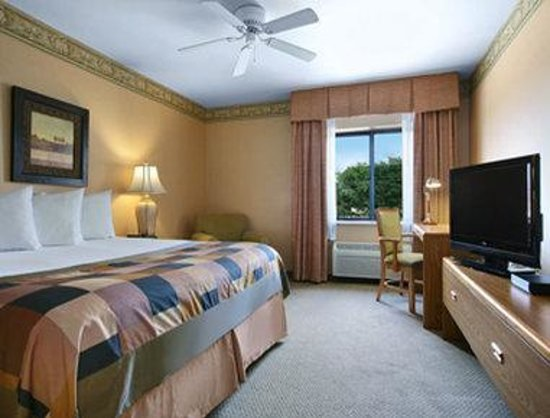 Hotels With Jacuzzi In Room In Champaign Illinois