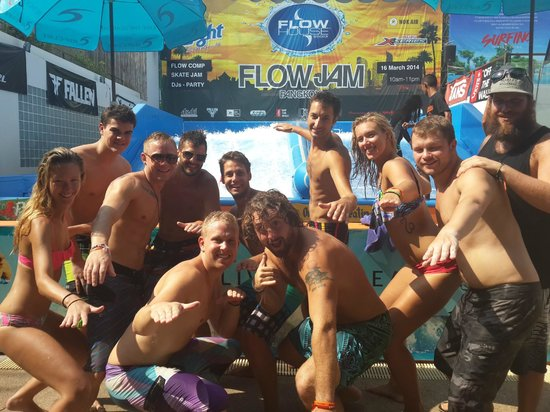 Flow House Bangkok: Come and get ya surf on at Flow!!!