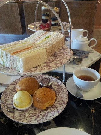 The Kensington Hotel: Afternoon tea for 2