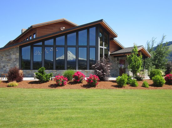 Mt hood winery hood river or hours address attraction reviews tripadvisor for Hood river swimming pool hours