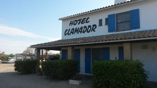 Photo of Hotel Clamador Saintes-Maries-de-la-Mer