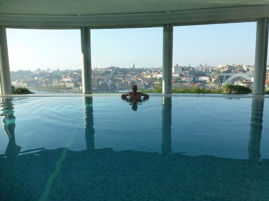 The Yeatman : the infinity indoor pool (which you can often have on your own!)