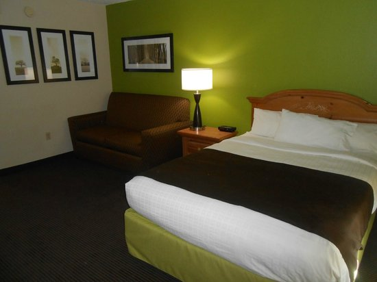 Photo of AmericInn Lodge & Suites Little Falls