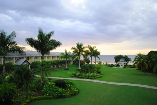 The Oasis at Sunset, Montego Bay