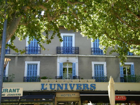 Photo of Hotel L'Univers Carpentras
