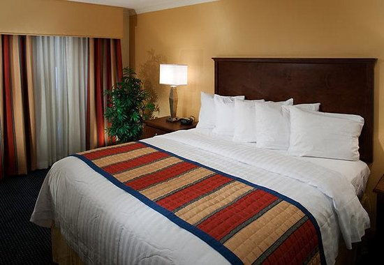 Photo of TownePlace Suites Fort Worth Downtown
