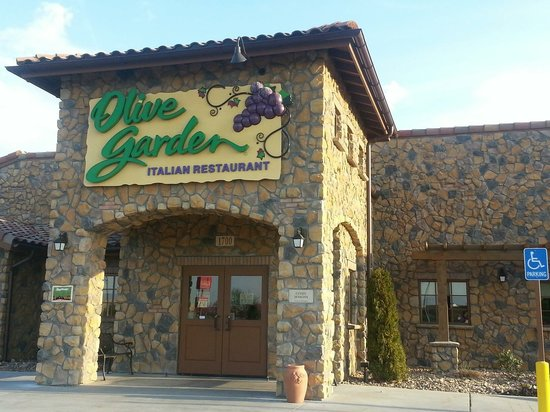Olive garden hutchinson menu prices restaurant reviews tripadvisor What time does the olive garden close