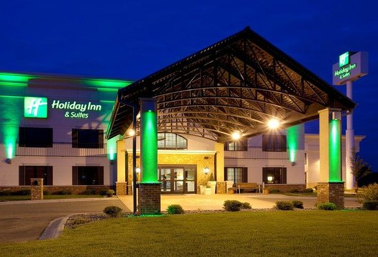 Photo of Holiday Inn & Suites Lakeville