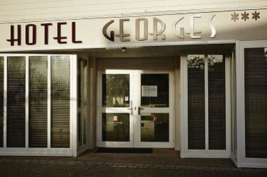 Photo of Hotel Le Georges Pleneuf-Val-Andre