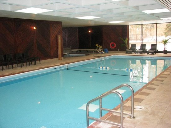 Newly Renovated Indoor Heated Salt Water Swimming Pool Picture Of Crowne Plaza Gatineau Ottawa