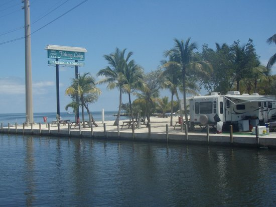 Canal and ocean front rv sites picture of big pine key for Big pine key fishing lodge