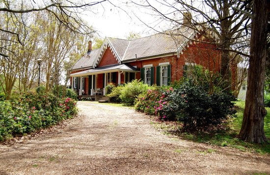 Photo of Glenfield Plantation Bed and Breakfast Natchez