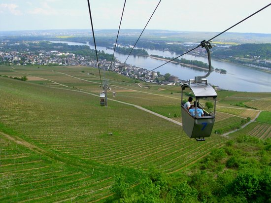 Cable Chair Lift : Rudesheim cable car picture of hotel kurfuerst kamp