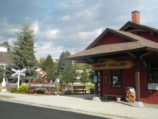 Carbon County Art Guild Depot Gallery Red Lodge Mt Hours Address Attraction Reviews