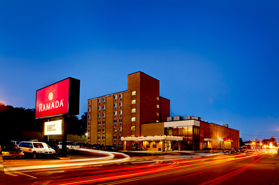 The Ramada Inn - Hotels/Accommodations, Reception Sites - 412 W Washington St, Marquette, MI, 49855, US