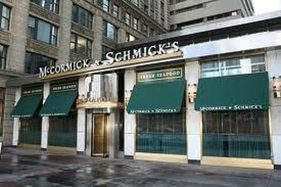 Mccormick schmick 39 s seafood chicago one east wacker for Hotels in bucktown chicago il