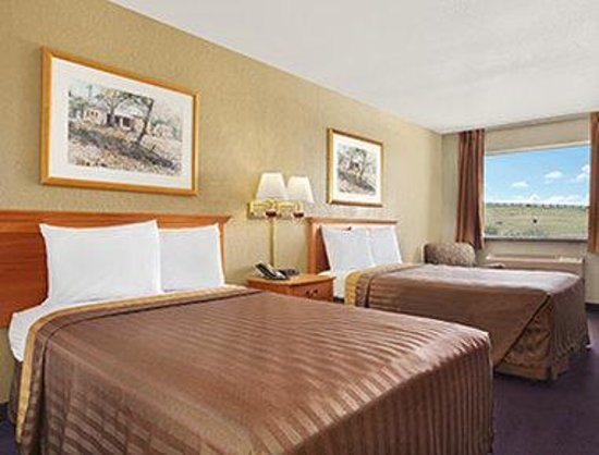 Travelodge San Antonio ATT Center / I-10 E