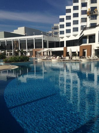 Check in area picture of crown metropol perth burswood for Pool show perth 2015