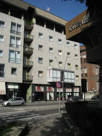 Photo of Hotel Elitis Milan