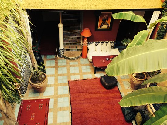 Riad Eden: View of the center court from the Chocolate Room Balcony