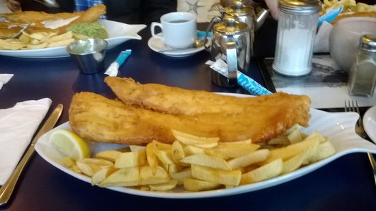 Whitley Bay, UK: huge fish and chips
