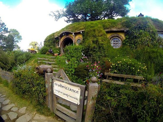 The Hobbit House Picture Of Hobbiton Movie Set Tours