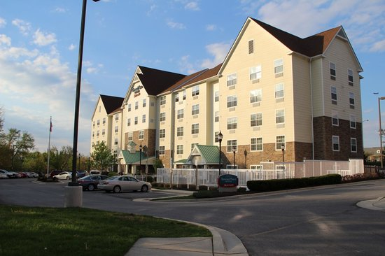 TownePlace Suites Arundel Mills BWI Airport: Front of Hotel