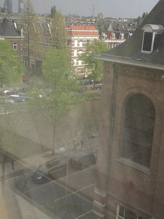 NH Amsterdam Museum Quarter: The view from our 6th floor room