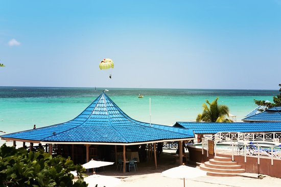 Negril Treehouse Resort Photo