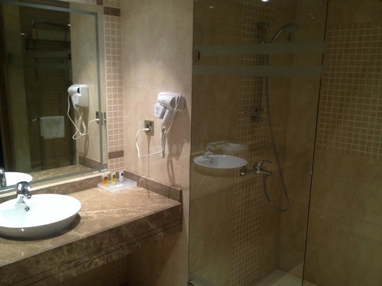 bathroom picture of mahboula kuwait tripadvisor. Black Bedroom Furniture Sets. Home Design Ideas