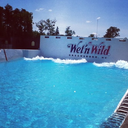 Wet n wild byron bay