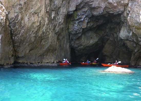 Arches Caves And Islands Kayak Day Tour Croatia