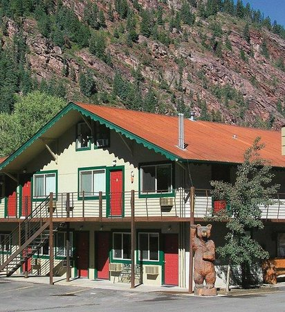 ‪Ouray Riverside Inn and Cabins‬