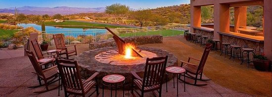 Fire Pit and Patio - Picture of Wicked Six Bar and Grill ...