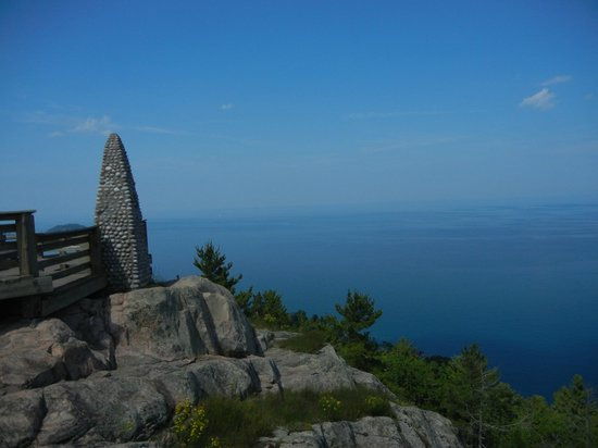 Lookout - Picture of Sugarloaf Mountain  Marquette - TripAdvisor