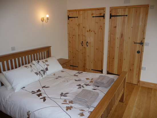 Linhay Double Bedroom Picture Of Newhouse Farm Cottages