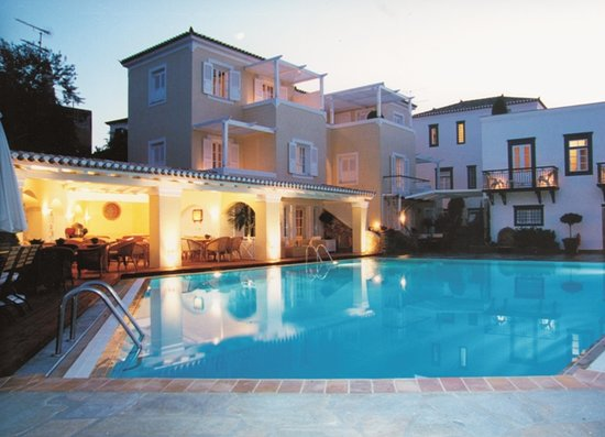 Photo of Zoe's Club Spetses