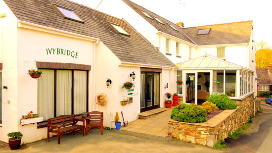 Photo of Ivybridge Hotel Fishguard