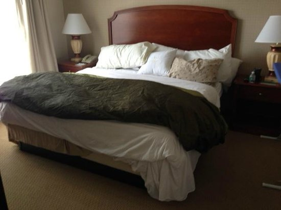 Homewood Suites by Hilton Columbia: this is my bed AFTER housekeeping..