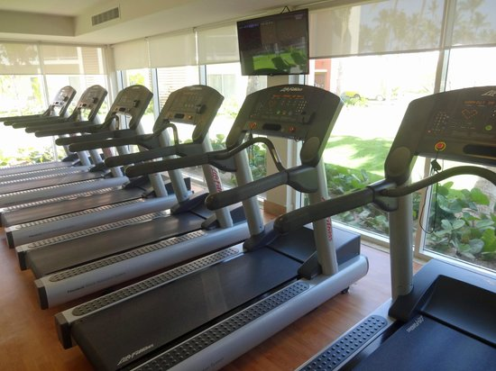 Fitness studio picture of breathless punta cana resort for 1662 salon east fort lauderdale