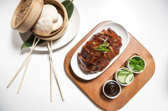 Chinese Roast Chicken Buns With Scallions And Spicy Hoisin Sauce ...