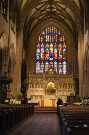 Int rieur de l 39 glise picture of trinity church new for Interieur new york