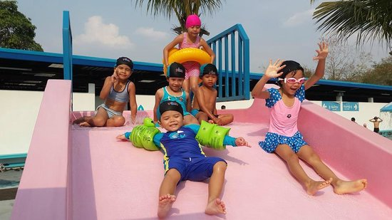 Swimming Pool Picture Of Playport Udon Thani Water Park Udon Thani Tripadvisor