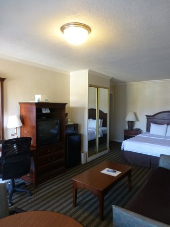 De Kamer Picture Of Civic Center Motor Inn San