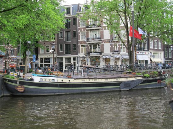 Bed&Guide: Boat Tour of Amsterdam